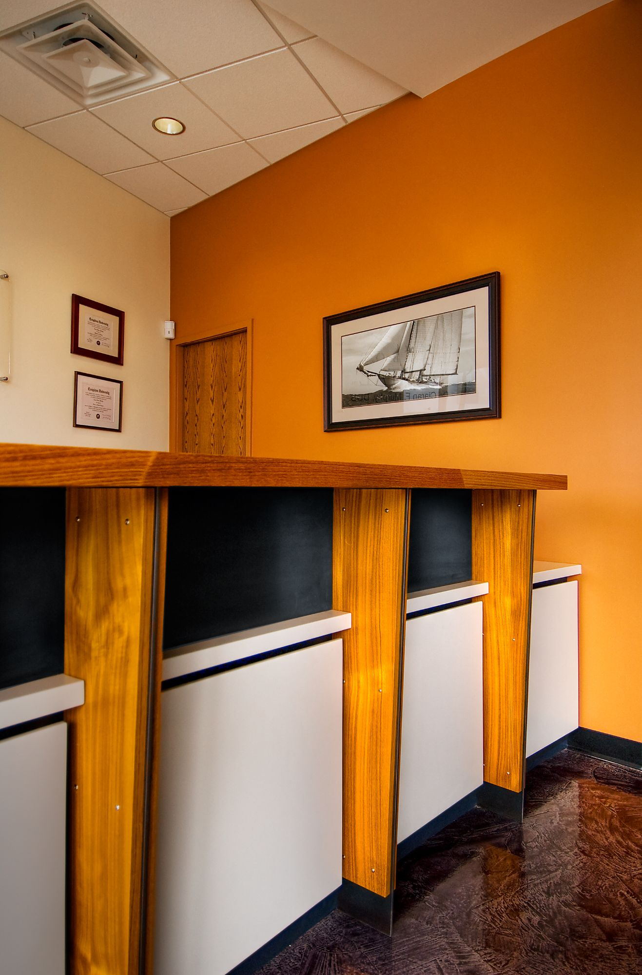 Harbor Dental Reception Desk